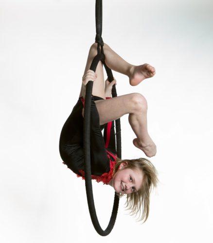 Aerial Silk Luft Akrobatik | Einzelstunden im Circus Center Bruck/Mur