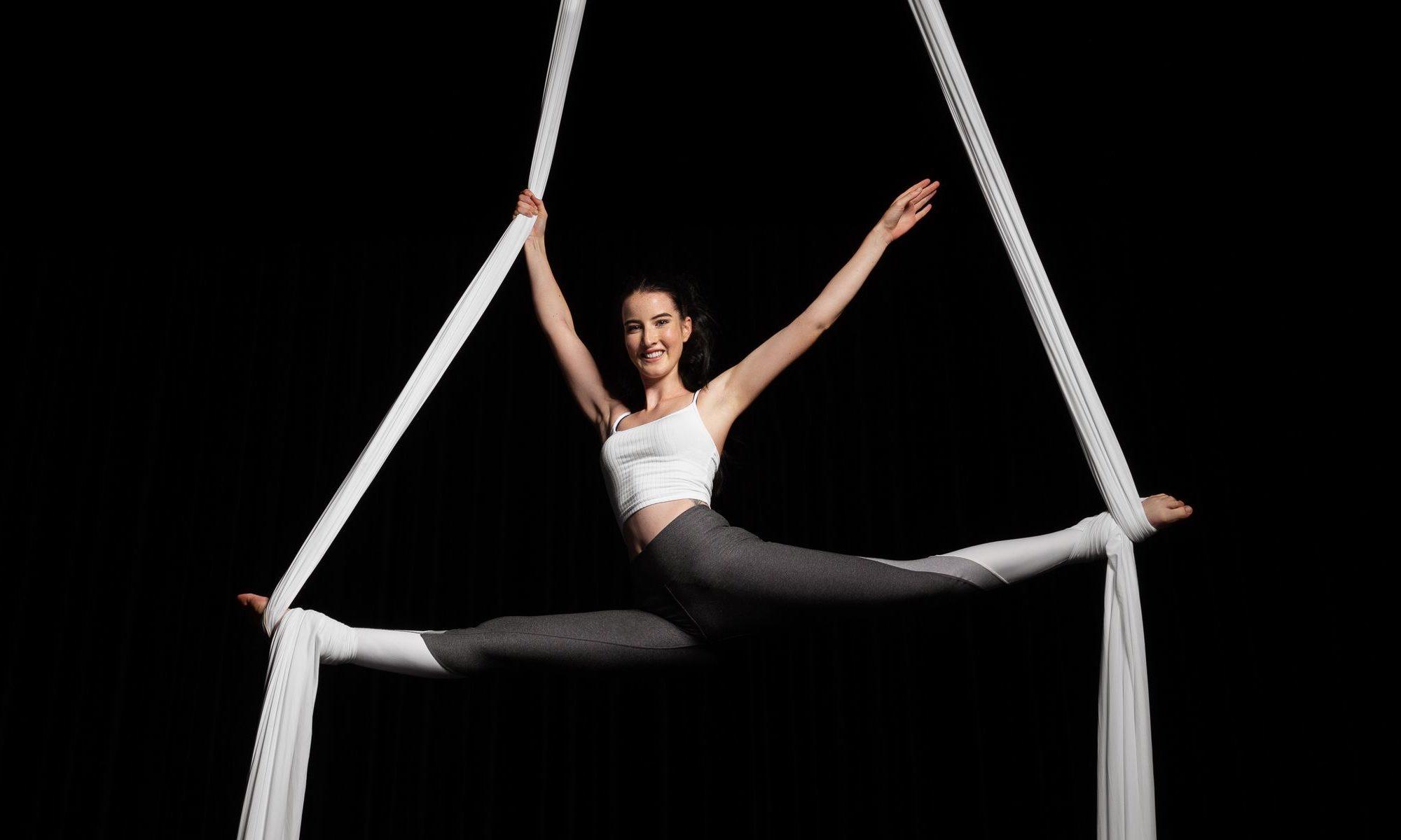 Aerial Silk Luftakrobatik | Merith Seibert im Circus Center Bruck/Mur